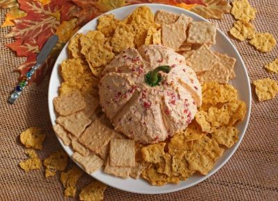 DIET CENTER CREAMY CHEESEBALL