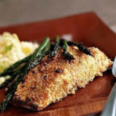 DIET CENTER SESAME CRUSTED HALIBUT